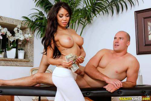 Lubed Up Latina – Shay Evans, Sean Lawless (2018)
