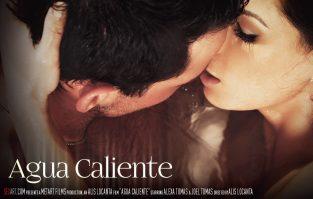 Agua Caliente – Alexa Tomas, Joel Tomas (2017)