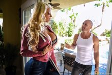 Can You Fix My Wi-Fi? – Nicolette Shea, Johnny Sins (2017)