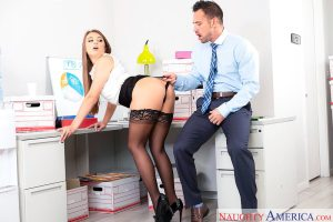 Gia Derza & Johnny Castle in Naughty Office