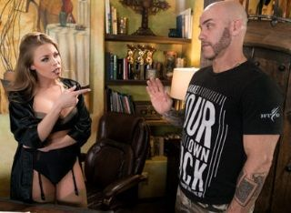 The Critic | Britney Amber, Derrick Pierce | 2018