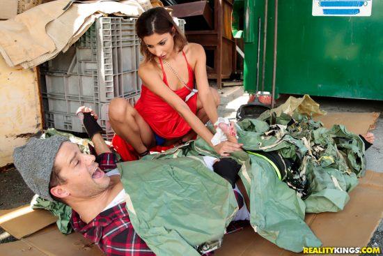 Dumpster Diving – Jade Jantzen, Ramon Nomar (2017)