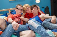 Three Tight Teens – Jamie Ray, Jimmy Andrews & Caleb Gray – Bareback (2017)