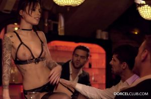Nikita, Escort de Luxe | Nikita Bellucci, Juan Lucho, Pascal White, Kristof Cale & Alberto Blanco | 2016