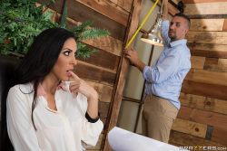 2 Feet, 10 Inches – Veronica Rayne, Keiran Lee (2017)