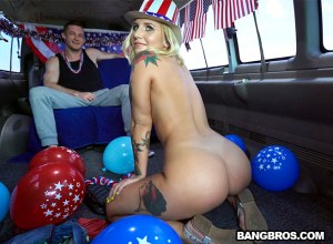 4th of July Celebration on The Bus | Stella Raee, Brick Danger | 2018