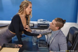 Summertime And The Livin' Is Sleazy | Nicole Aniston, Xander Corvus | 2018