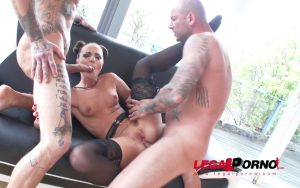 LegalPorno – Kristy Black gets the Angelo/Sinn treatment HXC 2on1 DAP SZ1746 (2017)