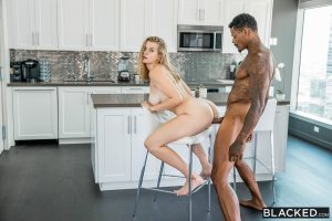 Cold Feet | Mia Melano, Jason Luv