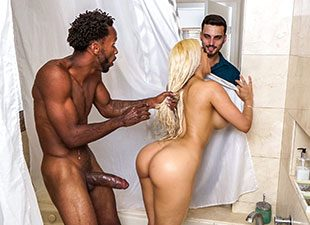 Luna Star Gets Piped (2017)