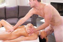 Extramarital Massage – Veronica Rayne, Van Wylde (2017)